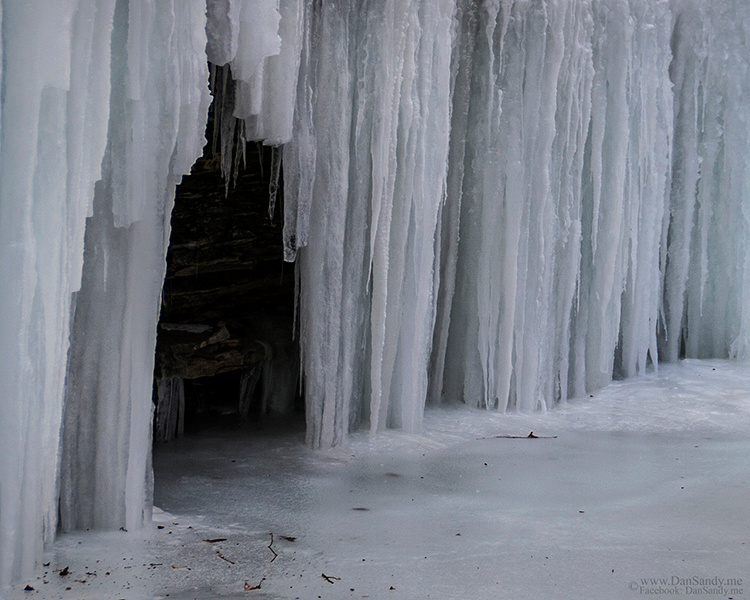 """2017-01-27 - Did Not Place - Nature Competition - """"Ice Cave"""""""
